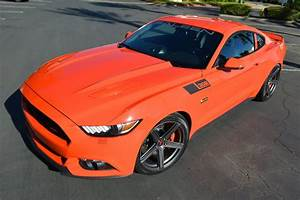 FORD TO DISCONTINUE THREE EXTERIOR COLORS