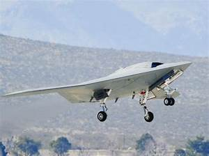 Navy unveils new bat-winged stealth bomber - NY Daily News