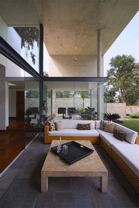 Modern Interplay Of Indoor And Outdoor Living Spaces S
