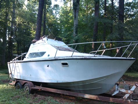 identification    hull truth boating
