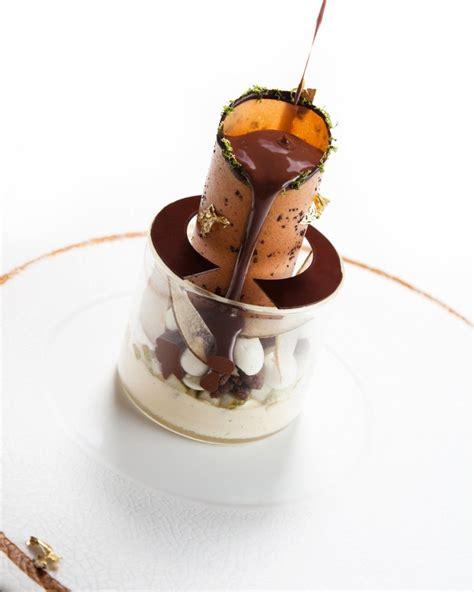 haute christmas dessert haute desserts plating presentation hautedesserts dessert recipe recipes food sweet