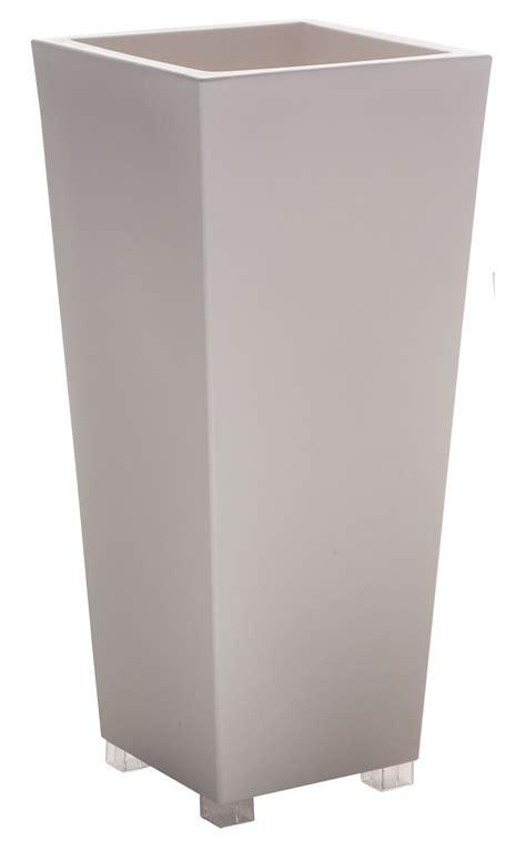 serralunga vasi prezzi vaso per fiori kabin maxi di serralunga bianco made in
