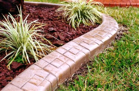 Best Lawn Edging Ideas And Tips-best House Design