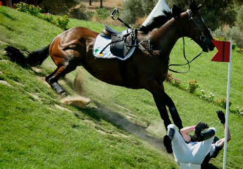 horse falling fall horses equestrian quotes riding rider dangerous riders things realize well going falls fallen ride aren problems moments