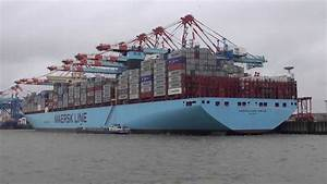 World´s Largest Container Ship Maersk Mc Kinney Moller ...