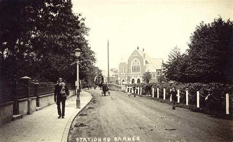 Old Photos Of Barnes In The City Of London, England