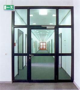 Porte d39entree d39immeuble acier marseille 13 arles miramas for Porte fenetre en acier