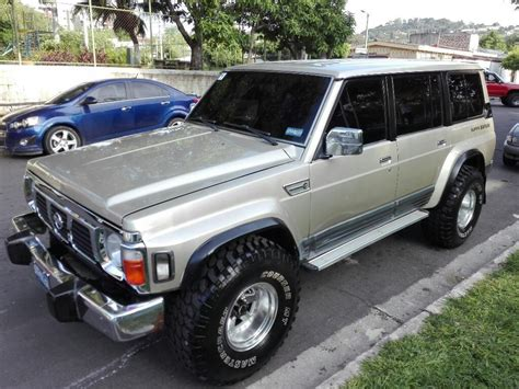 Don't confuse its simplicity with a lack of capability, the patrol keeps up just fine with its contemporaries on the trails and rough terrain. Nissan Patrol Diesel Td42 Turbo Intercoo - Carros en Venta ...