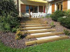 escalier en meleze jardin en pente sloping garden With escalier jardin en pente 9 escalier de jardin mode demploi et conseils