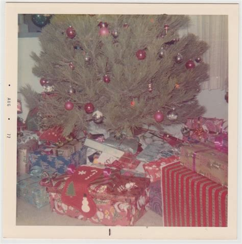 christmas gift for 70 square vintage 70s photo up tree w gifts presents ebay
