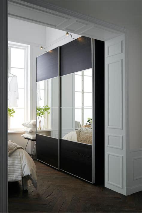 placard de chambre en bois placard mural 10 bons exemples de portes coulissantes