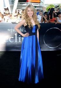 "Kirsten Prout Photos Photos - Premiere Of ""The Twilight ..."