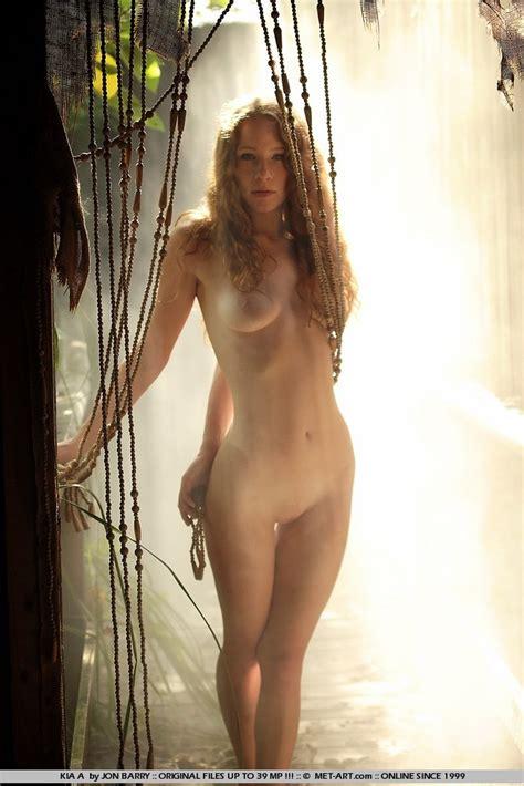 Presenting Kia In Artistic Nudes By Met Art 16 Photos