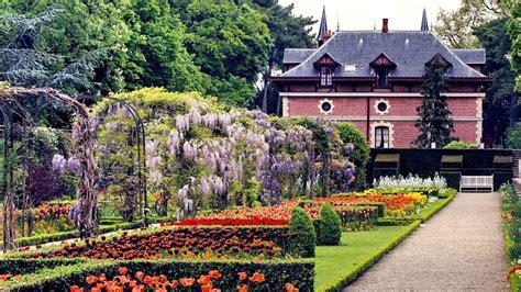Jardin De Bagatelle Soirée by Parc De Bagatelle Paris Things To Do Suitcase Magazine