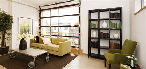 canapé pour petit espace déco loft comment aménager salon grazia