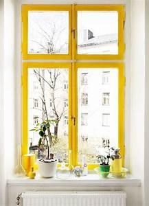 Fliegen Im Fensterrahmen : die g nstige alternative zum in die sonne fliegen einfach fensterrahmen gelb streichen ~ Buech-reservation.com Haus und Dekorationen
