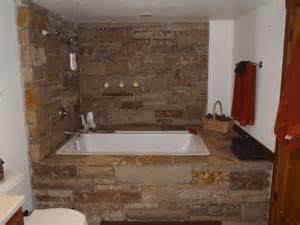 Bath Tub Surround with Stone