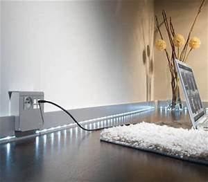 Plinthe Bois Electrique : moulures et plinthes novelecnovelec ~ Melissatoandfro.com Idées de Décoration