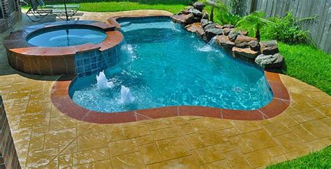 small pool design  deck  water features tanning