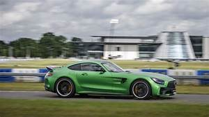 Mercedes Gtr : 2016 mercedes amg gtr green hell magno benztuning ~ Gottalentnigeria.com Avis de Voitures