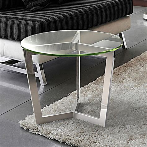 table bout de canapé en verre design bout de canapé en verre transparent sur cdc design