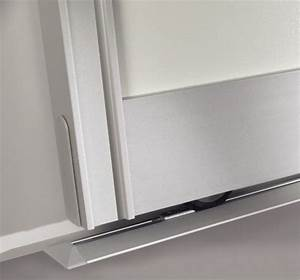 Bodenschiene Schiebetür Schrank : detailansicht eines 1 l ufigen bodenschiene des inova ~ Michelbontemps.com Haus und Dekorationen