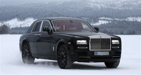 rolls royce cullinan price release date interior
