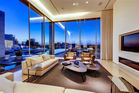 Modern Luxury Villas Designed By Gal Marom Architects Can You Use Acrylic Paint Over Spray Painting Metal Surfaces Hood Nozzle Tips Cheap For Cars Best Graffiti Beginners How To Lamp Waterproof