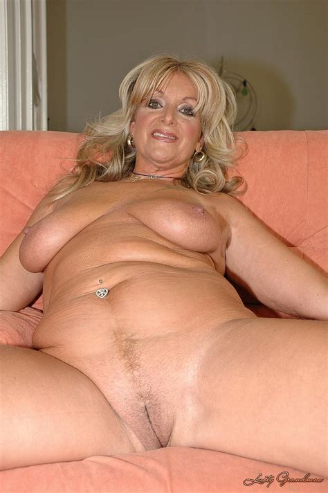 001 2  In Gallery Mature Milf Older Spreading Legs Mix 7 Picture 3 Uploaded By Ccarl On