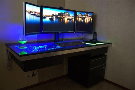 pc bureaux a computer desk