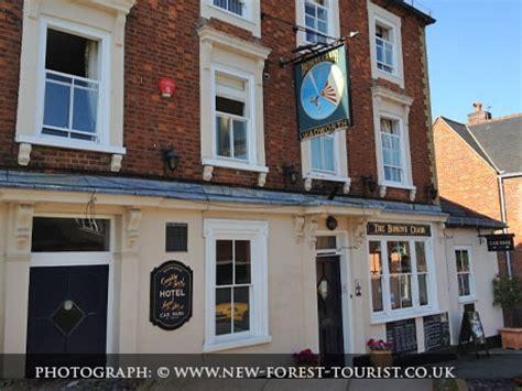 Bosuns Chair Lymington by Bosun S Chair New Forest Pubs