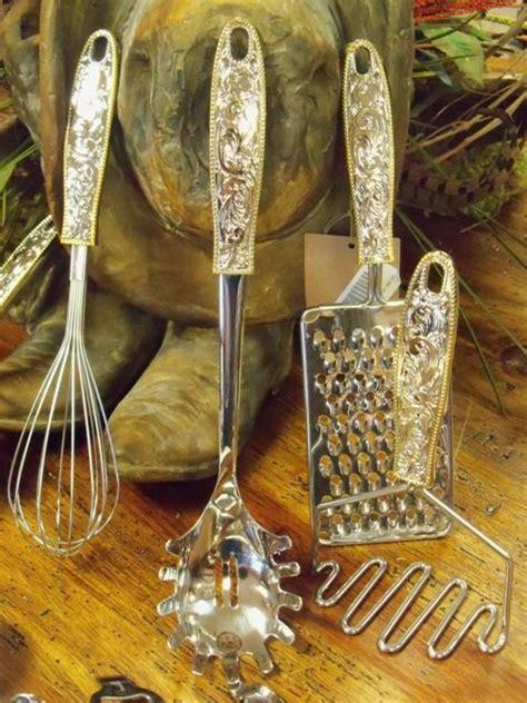 country kitchen utensils 25 best ideas about western kitchen on 2920
