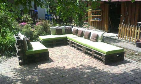 sitzgruppe aus paletten bauidee paletten outdoor lounges an na haus und