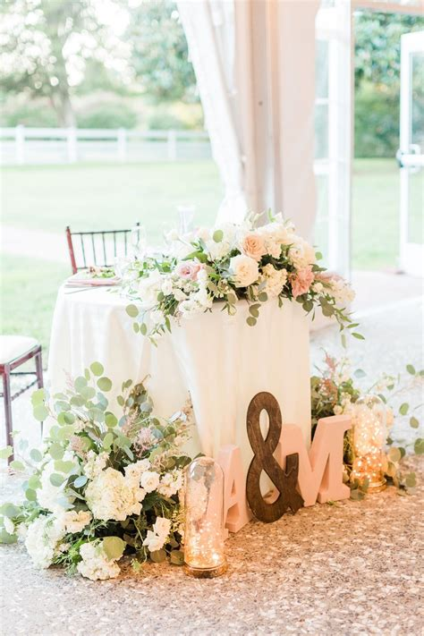 How To Have The Perfect Blush Wedding Day Blush wedding