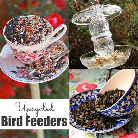 32 easy homemade bird feeders happy hooligans