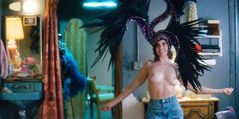 Alison Brie Topless Scene From Glow Scandal