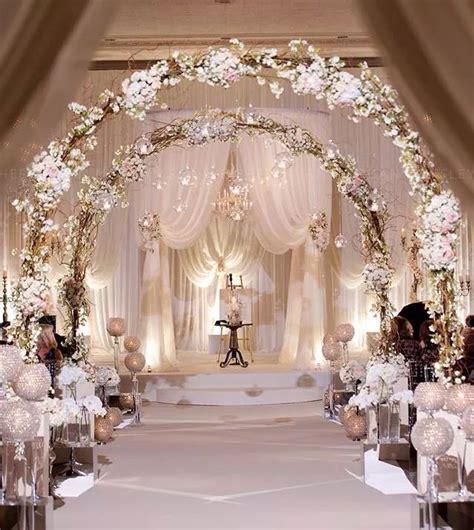 soft  elegant wedding decor uniquely  bridal