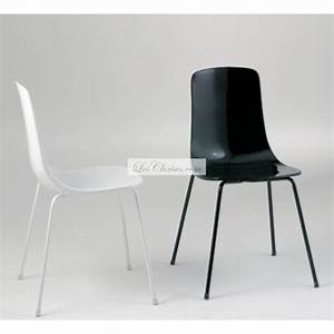 Chaise Cuisine Design : softline chaise design transparente empilable pauline ~ Teatrodelosmanantiales.com Idées de Décoration