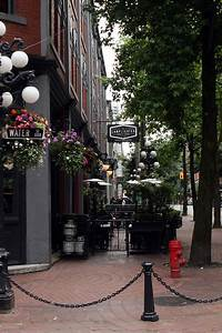 Best patios in gastown for Lamplighter gastown
