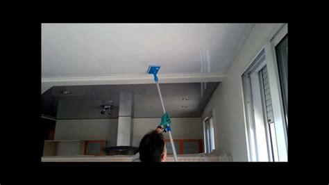 nettoyage plafond tendu