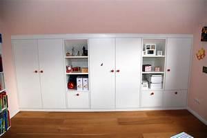 Möbel Dachschräge Ikea : einbauschrank kinderzimmer unter dachschr ge julius m bel kreativ funktionell ~ Michelbontemps.com Haus und Dekorationen