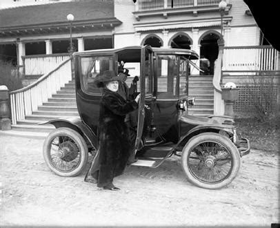 Electric Automobiles by Automobiles 20th Century Colorado Doing History