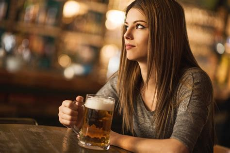 Cut Back on Alcohol: 17 Simple Tips | Reader's Digest