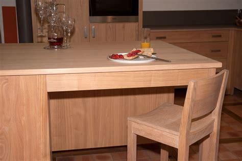 ilot cuisine bois massif collection estives cuisines contemporaines en bois massif