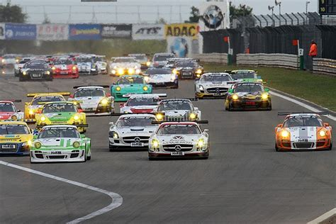 24 Stunden Rennen Am Nürburgring 2011  Ein Paar Fakten
