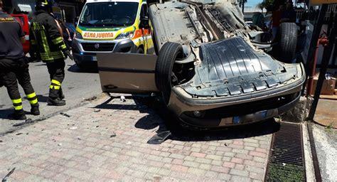 si e auto soldes battipaglia incidente stradale in via belvedere si