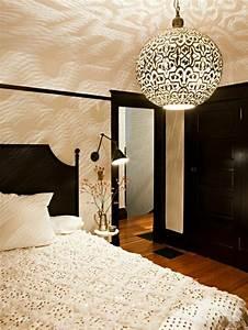 Schlafzimmer Lampe Modern : orientalische lampe schlafzimmer lichterspiele orientalische lampen ~ Watch28wear.com Haus und Dekorationen