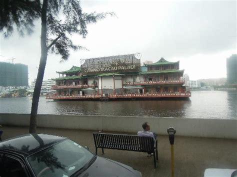 macau palace floating casino