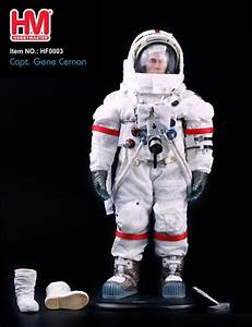 NASA Spacesuit Astronaut Gene Cernan Last Man On The Moon ...