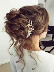 Half Updo Wedding Hairstyles by Best 25 Wedding Half Updo Ideas On Wedding